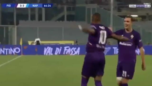 Chegou do Barcelona, foi quase leão e agora já marca pela Fiorentina