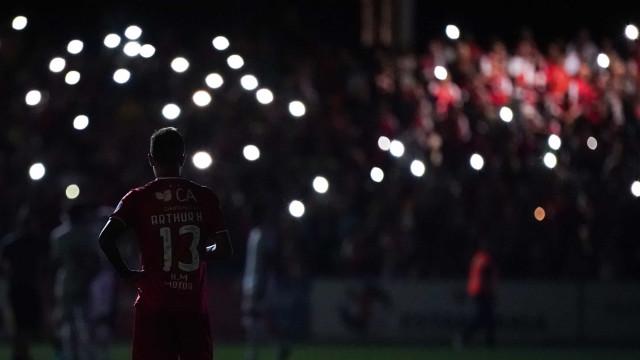 Noite de chuva e apagão termina com empates em Guimarães e... Barcelos