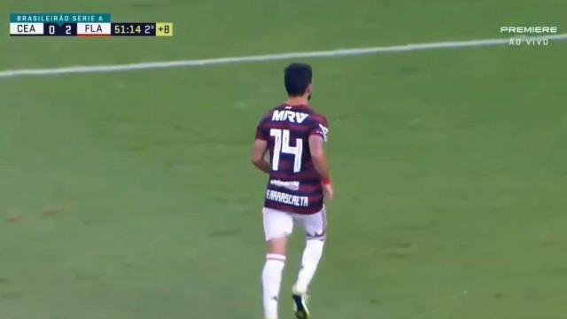 Candidato a melhor golo do ano: Flamengo fecha triunfo com uma 'chilena'