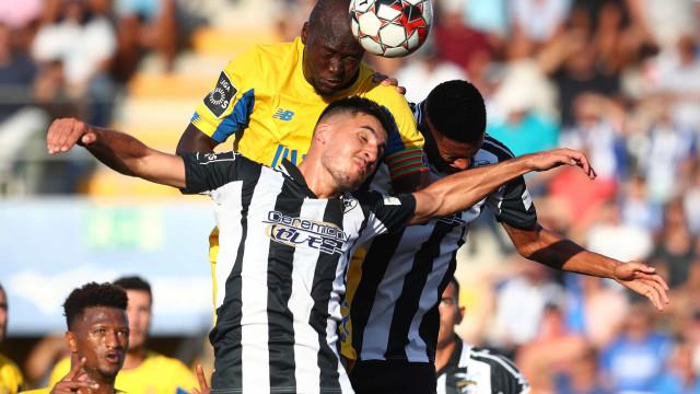 Marcano salva o FC Porto no Algarve num final à Hitchcock