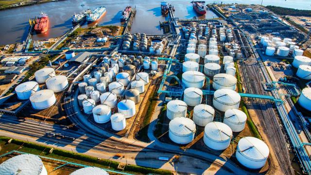 Petróleo disparou 14% em dois dias. Há motivos para ficarmos preocupados?