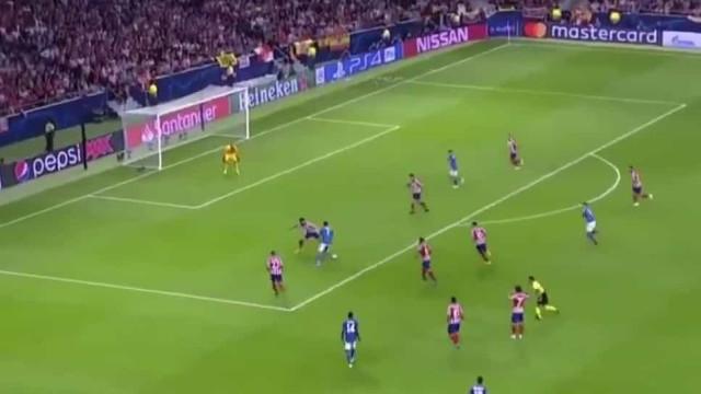 A fabulosa jogada de Ronaldo que por centímetros não deu a vitória à Juve