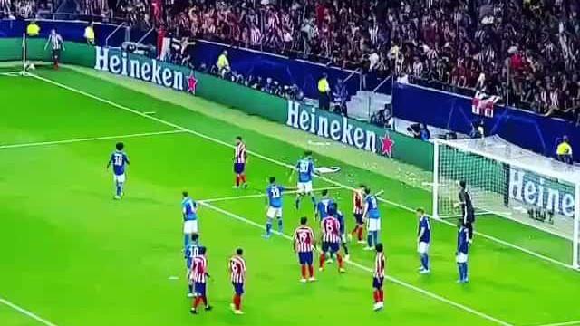 A eufórica reação de João Félix ao golo de Herrera frente à Juve