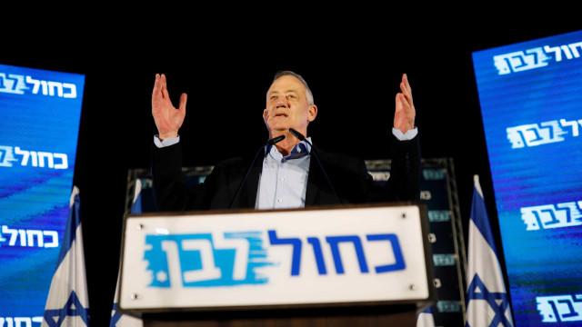 Partidos árabes apoiam Benny Gantz para primeiro-ministro de Israel
