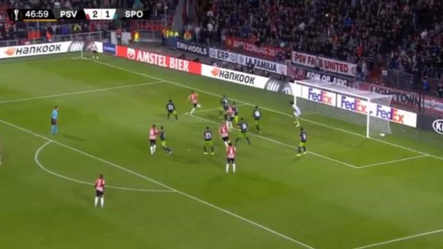 Defesa do Sporting adormeceu e PSV fez o terceiro
