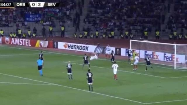 Óliver marcou golo (com nota artística) na vitória do Sevilla