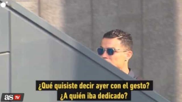 Gesto de Ronaldo em Madrid gera nova polémica, agora com jornalista