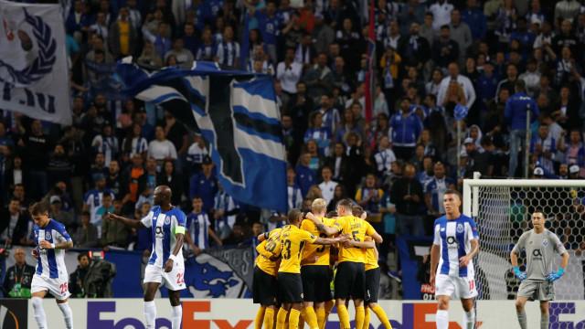 """UEFA abre processo disciplinar ao FC Porto por """"comportamento racista"""""""