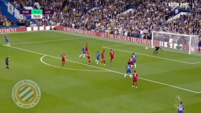 Kanté chegou-se à frente e fez este golo fantástico no Chelsea-Liverpool