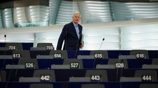 """Barnier admite que acordo com Londres será """"difícil"""""""