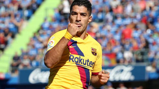 De Suárez a Zenden. Os craques que jogaram por Liverpool e Barcelona