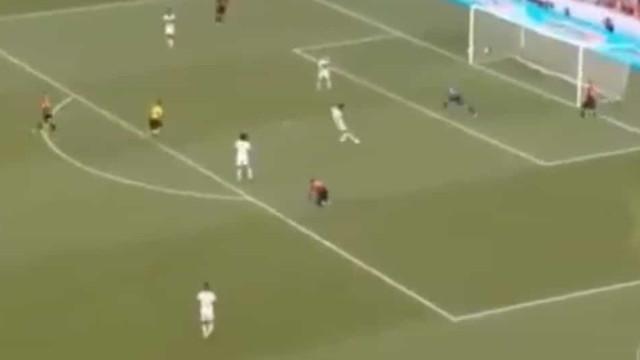 Flamengo marcou após erro imperdoável do guardião do Ath.Paranaense