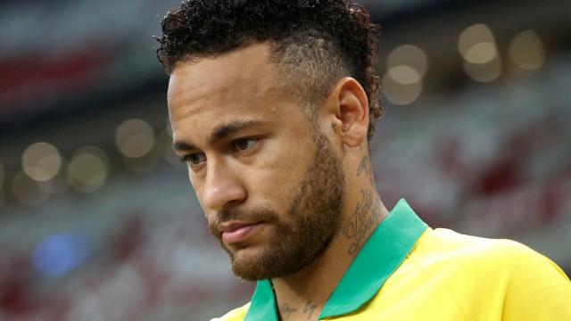 O pior confima-se: PSG revela tempo de paragem de Neymar