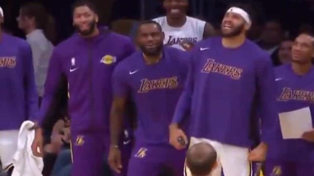 Falta de respeito? LeBron James reagiu assim à queda de um rookie