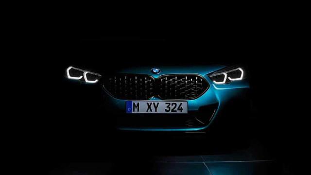 Oficial: Ainda falta um ano, mas BMW revela imagens do novo Série 2