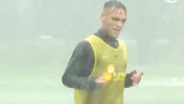 Inter treinou em Milão sob um autêntico 'dilúvio'