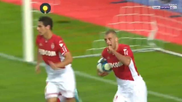 Slimani está imparável: Mais um golo para o argelino do Mónaco