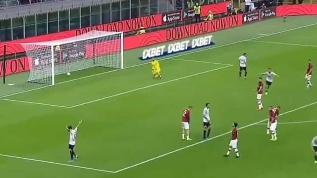Para ver e rever: Coloque este golo do Lecce no 'Calderoni' dos golaços
