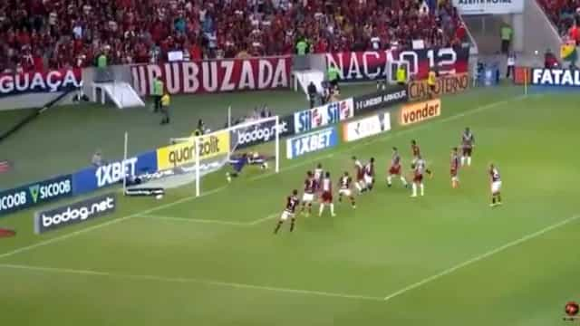 Bruno Henrique levou o Maracanã ao delírio logo aos quatro minutos