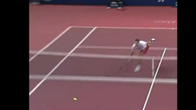 Para ver e rever: Federer recordou um dos melhores pontos da sua carreira