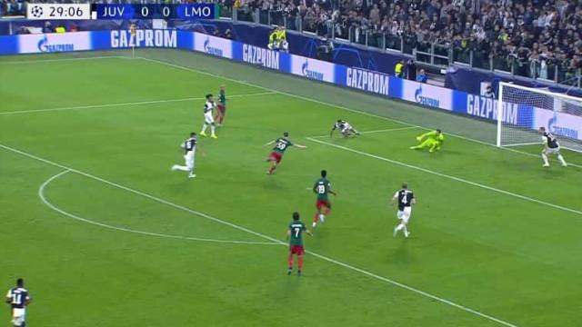 O golo do Lokomotiv que gelou a Juventus de Ronaldo em Turim
