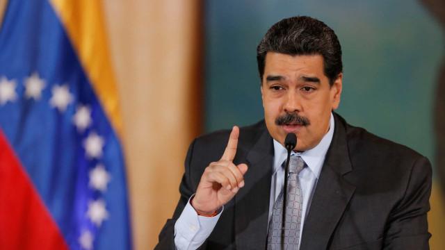 Maduro congratula-se com suspensão da principal operadora de tv por cabo