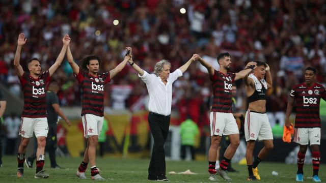 Jesus fala de sentimentos, amor e os gritos dos adeptos do Flamengo