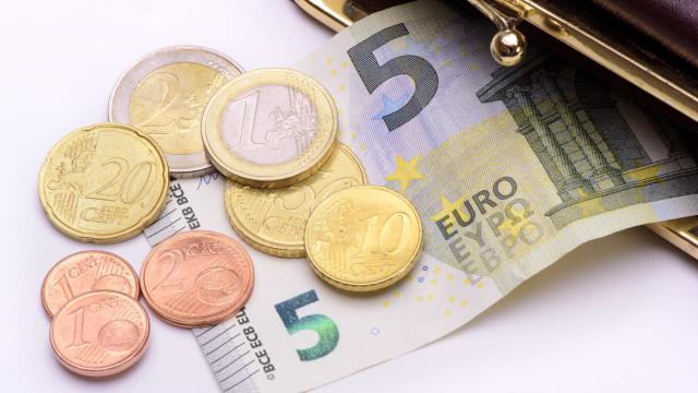 Oficial. Governo propõe salário mínimo de 635 euros para o próximo ano