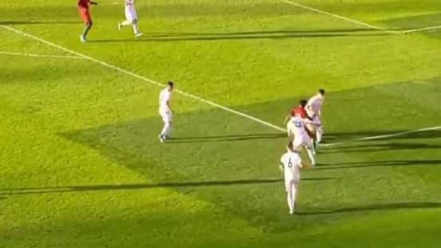 Joelson Fernandes deu 'baile' e marcou golaço pelos sub-17