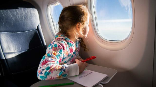 Viajar com crianças? Seis dicas para o fazer em segurança
