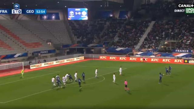O que dizer deste golaço de Reine-Adeleide num jogo dos sub-21 de França?