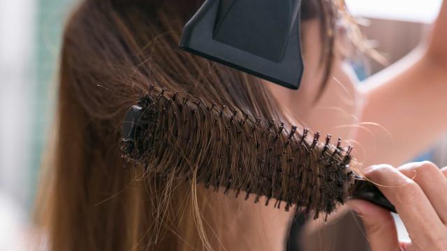 Atenção a este secador de cabelo. É perigoso, avisa a DECO