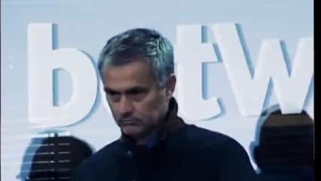 Mourinho ainda agora regressou e já foi 'provocado' pelo West Ham
