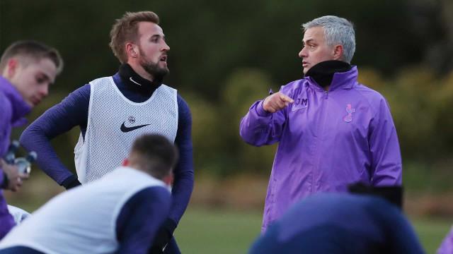 Mourinho já trabalha no Tottenham: Veja as imagens do primeiro treino