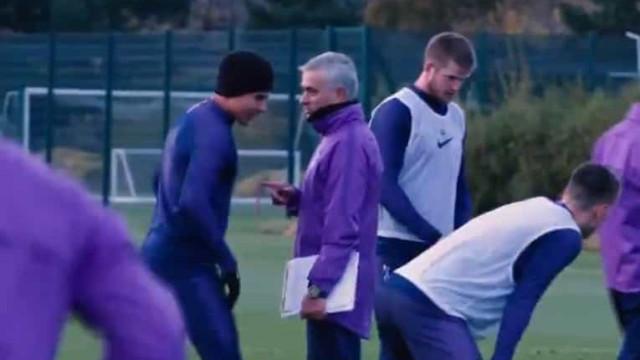 Primeiro treino de Mourinho teve animação  e... carinhos aos jogadores