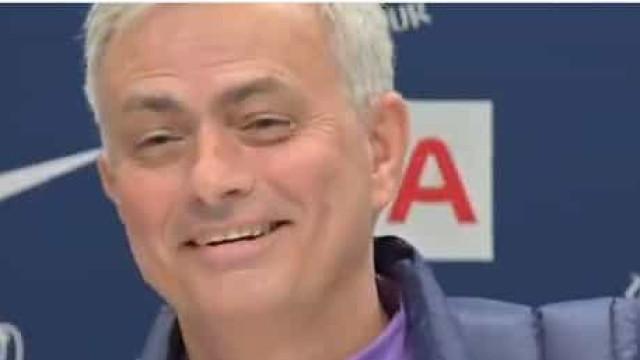 A resposta de Mourinho que motivou gargalhadas na sala de imprensa
