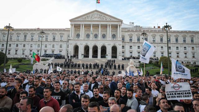Manifestação da PSP e GNR: Adesão foi elevada, mas protesto foi pacífico