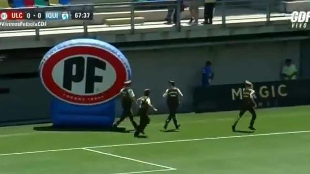 Jogo do campeonato chileno suspenso após invasão de adeptos do Colo Colo
