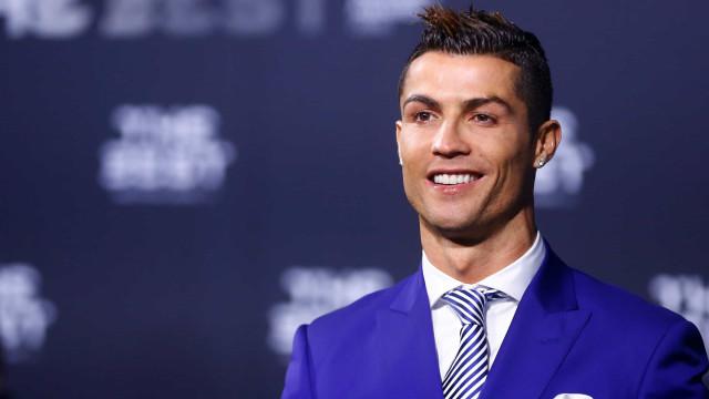 Cristiano Ronaldo, um vizinho 5 estrelas: Assim vive em Turim