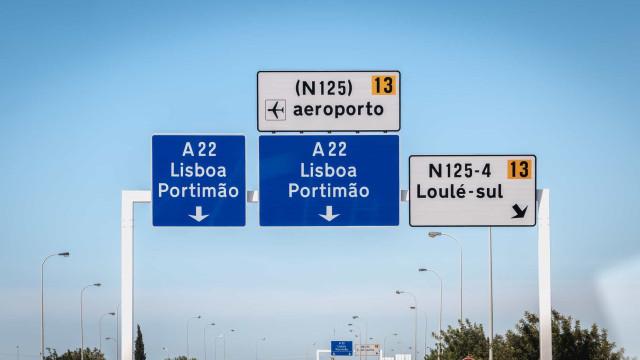 Holandeses notificam a AdC de controlo das autoestradas do A22 e A28