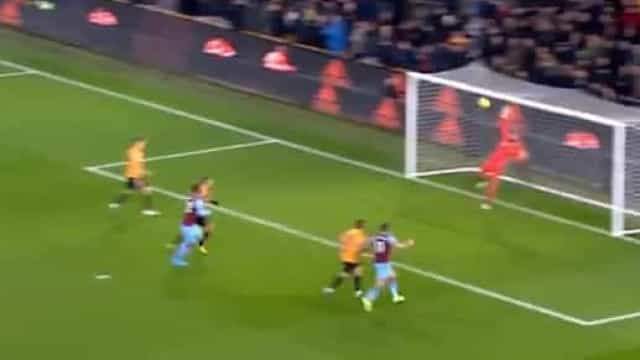 Wolves relembra monstruosa defesa de Patrício frente ao West Ham