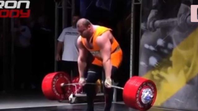 Hulk russo tentou o impossível: Superar a marca dos 500 quilos