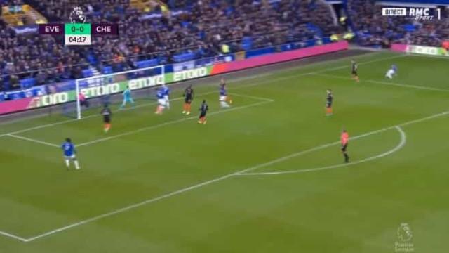 Everton precisou de cinco minutos para marcar no pós-Marco Silva
