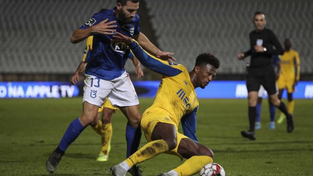 FC Porto escorrega no Jamor e deixa escapar Benfica na liderança