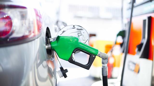 Poupar dinheiro a conduzir. Truques para poupar combustível