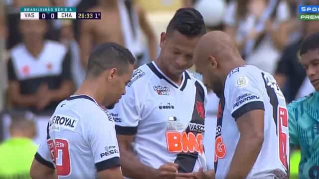 A forma insólita como os jogadores do Vasco decidiram o marcador do livre