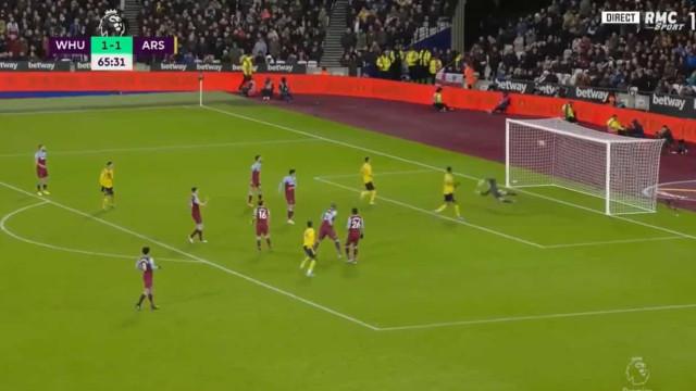 Golaço de Pépé e o Arsenal salta para a frente no dérbi de Londres