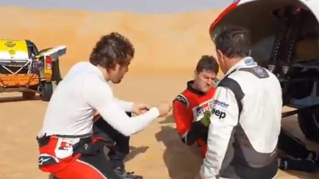 Dakar: Treino de Alonso acaba mal em Abu Dhabi