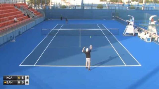 """""""O pior jogador de sempre"""": Tenista é eliminado sem fazer qualquer ponto"""