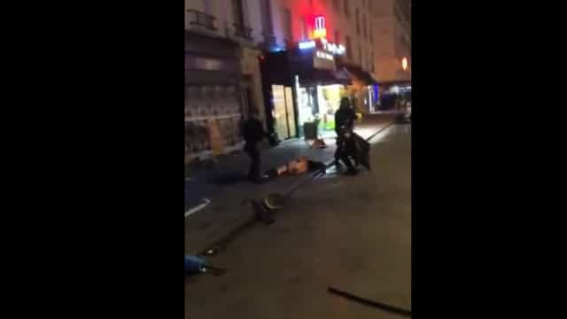 Champions: Hooligans do Galatasaray despem e agridem ultra do PSG